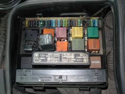 aux fan not working check where the fuses 25 29 are located