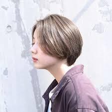 リップラインバングショートレイヤーvicca萩原の髪型 Stylistd