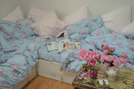 beautiful tuesday morning the new cabbage rose duvet from target simply shabby chic