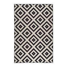 ... Large & medium rugs