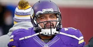 Vikings release guard Charlie Johnson