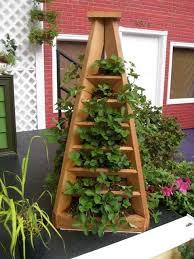 the perfect diy vertical garden pyramid planter
