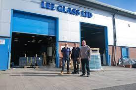 Glazier Sherwood   Glass Splashbacks   Shower Screens   Double glazing   Lee  Glass & Glazing