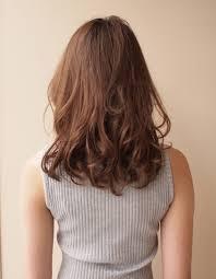 ぽっちゃりさんの小顔ミディアムヘア Yu 28 ヘアカタログ髪型