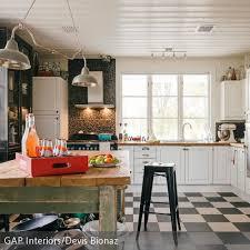 Küche Mit Schachbrett Fliesen   Blue Fridge U0026 Kitchen   Kitchen, Home Decor  Und Couch