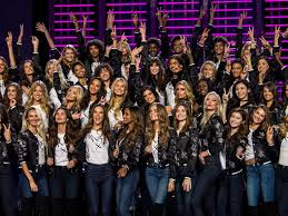 victoria s secret fashion show 2017 sets harry styles miguel and more as performers