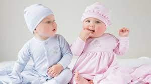 8 món quà tặng trẻ sơ sinh ý nghĩa và hữu dụng cho bé - Shopee Blog