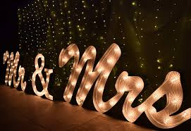 Mr And Mrs Light Up Sign Hire Mr And Mrs Light Up Sign For Rent Malta Rentals Directory
