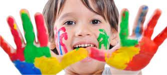 Resultado de imagem para imagens de crianças a pintar