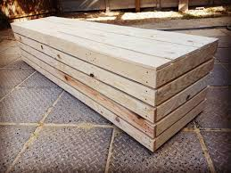pallet furniture designs. Featuring Pallet Bench Designs Furniture