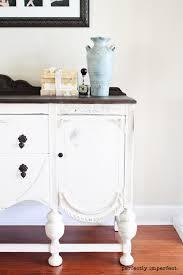 paint furniture whiteCHALK PAINT  HOW TO PAINT FURNITURE  CHALK PAINT COLORS