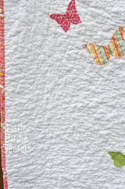 how to free motion quilt - stipple pattern video | Little Birdie ... & how to free motion quilt - stipple pattern video Adamdwight.com