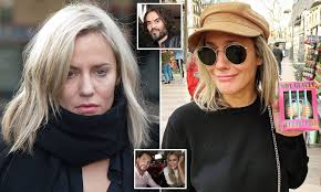 Check out full gallery with 108 pictures of caroline flack. Caroline Flack Had Somatic Therapy In Weeks Before Suicide Daily Mail Online