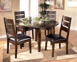 round dining table centerpieces large size of dining room table centerpieces for exquisite dining table cool dining table centerpiece ideas photos