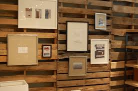 image of white wood pallet wall decor