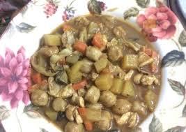 Hanya saja, pastikan jika potongan daging yang diiris dibuat dengan ukuran yang sama. Resep Kare Ayam Dan Sayur Bumbu Instan Indofood Oleh Intan Cookpad