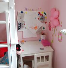 Small White Desks For Bedrooms Small Girls Desk Hostgarcia