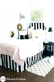 Gold Black And White Bedroom Black White And Pink Bedroom Pink White ...
