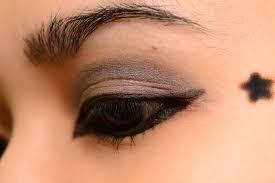 cute eye makeup do cute punk makeup s intro se makeup theater makeup