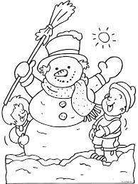 Kleurplaat Kinderen Maken Sneeuwpop Kleurplatennl