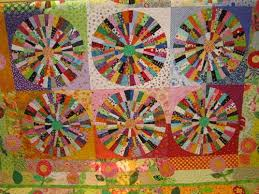 DONNA'S - In The Attic: ~ POLKA DOT QUILT by Faustina Curry ~ & All of those tiny pieces and all POLKA DOTS ! Adamdwight.com