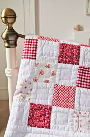 91 best Quilting images on Pinterest & cottage style interior Sweet Little Quilt with simple yet lovely quilting.  xox Adamdwight.com
