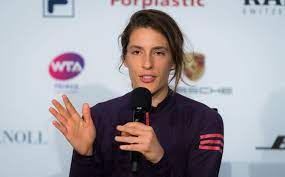 Social Buzz: Andrea Petkovic essay earns literary recognition