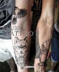 фото татуировки волк и кубок в стиле авторский черно белые