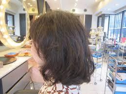 20代ヘアカタログ ミディアムヘア デジタルパーマ 40代50代60代髪型