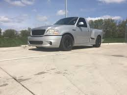 Mike Talamantes's 2001 Ford F-150 SVT Lightning