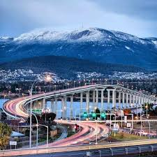 """Carissa Jacobson on Instagram: """"This is my city right now 🥰 Photo not  taken by me (unsure of photographer) #hobart #snow #mt… 
