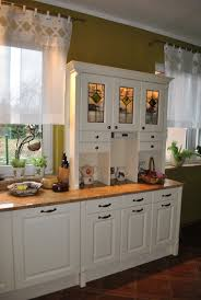 Cottage Kitchen Furniture Country Style Kitchen Cabinets Ideas About Modern Shaker Kitchen