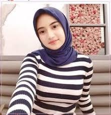 Silahkan kunjungi postingan foto cewek2 cantik lucu berhijab anak sekolah untuk membaca artikel selengkapnya dengan klik link di atas. 9 Funny Ideas Funny Hijab Beautiful Muslim Women