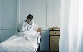 hospital beds crowded ile ilgili görsel sonucu
