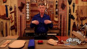 Chrome <b>Tanned Leather</b> vs. Vegetable <b>Tanned Leather</b> - YouTube