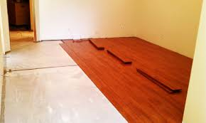 Laminate Flooring For Kitchen And Bathroom Laminate Flooring Bathroom L Modern White Color Bathtubs Remodel