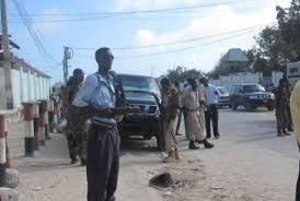 الصومال - هجوم انتحاري عند نقطة تفتيش للشرطة في منطقة بلاد بنط