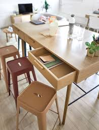 Table à Manger Haute 6 Tiroirs 46 Personnes L160 Workshop Maisons