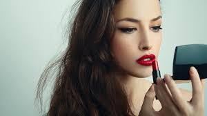 be selfie ready here s how to use make up to look your best