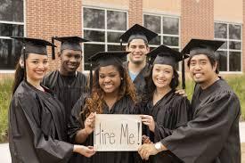2017 College Grads You Re Entering The Best Job Market In 10