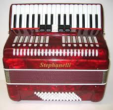 Stephanelli 72 Bass Piano Accordion