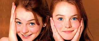 Hallie Parker and Annie James in The Parent Trap Before she filled the pages of our cheap glossy weeklies with drug-induced breakdowns and drunken fights ... - parent-trap_lindsay-lohan