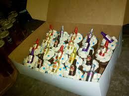 Boozy Birthday Queenie Cakes