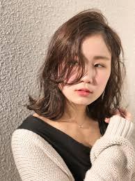 春はふんわりヘアで女の子らしさupコラム 美容室 Nyny 大久保店 門田