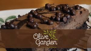 Olive Garden Kitchen Something Sweet Olive Garden Chocolate Mousse Cake Youtube