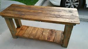 reclaimed pallet end table