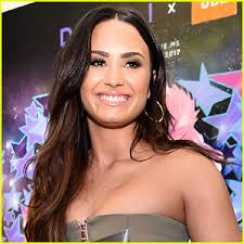 Demi Lovato Billboard Chart Demi Lovato Reaches Her Highest Point On Billboard Hot 100