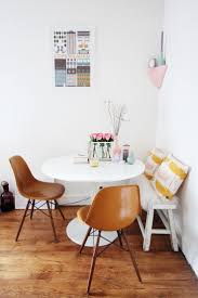 Living Room With Dining Table 25 Best Ideas About Tiny Dining Rooms On Pinterest Small Dining