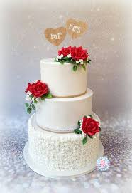 White Wedding Cake With Red Roses Cake By Sam Nels Taarten