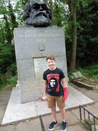 red revival the fall and rise of karl marx balkan insight ben goodman church at marx s grave in highgate cemetery